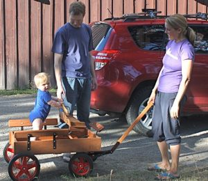 Jeffrey's grand nephew in the wagon Jeff made for him. Karl and Rachel of sailing fame (see 2010).